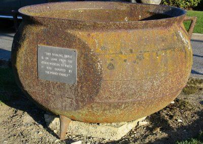 Otago Museum Whaling Pot